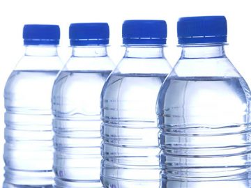4 Reasons to Stop Drinking Bottled Water