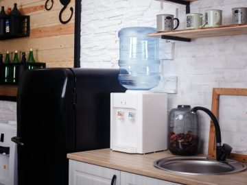 The Ins and Outs of Water Filters and Benchtop Water Coolers